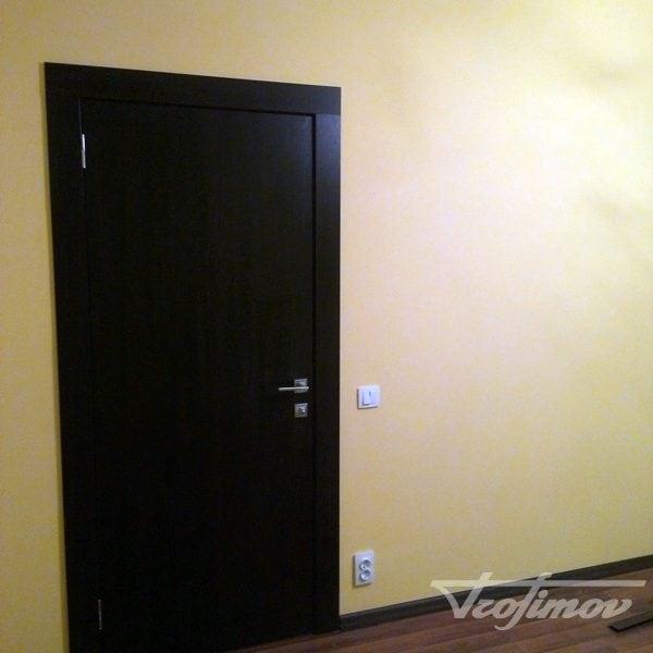 montazh-mezhkomnatnih-dverei-2