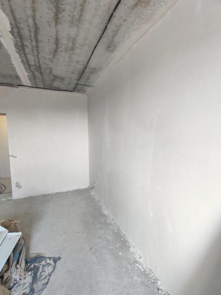 Результат механизированной штукатурки стен в квартире