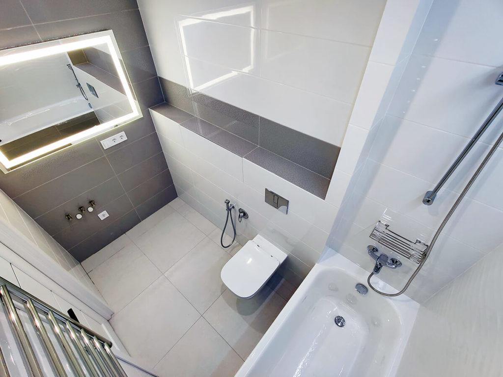 Ремонт ванной в трехкомнатной квартире