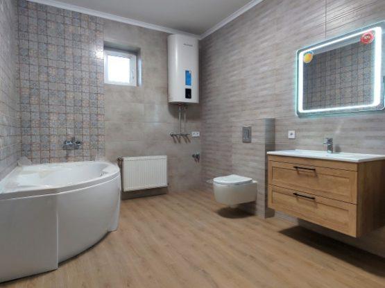 Как делали ремонт ванной в частном доме